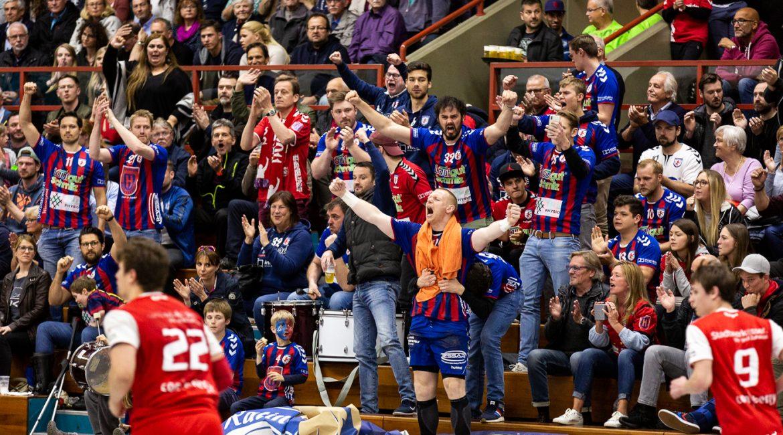 Trotz großartigem Support verloren die Löwen am letzten Spieltag in Essen die Meisterschaft.